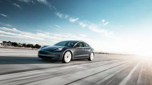 Tesla Model 3 jetzt günstig mieten in Heidelberg