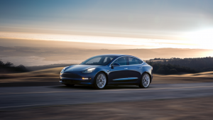 Erleben Sie das Model 3 - futuristisches Bedienkonzept, minimaoistisches Design. Jetzt Tesla Model 3 mieten in Heidelberg, Mannheim, Ludwigshafen
