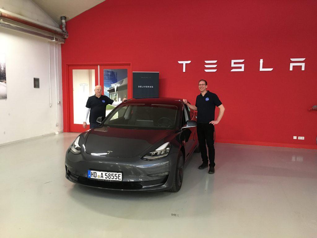 Tesla Model 3 jetzt günstig mieten in Heidelberg, Ludwigshafen, Mannheim